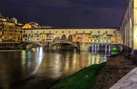 ponte vecchio: View of Ponte Vecchio in Florence, tuscany. Italy Editorial