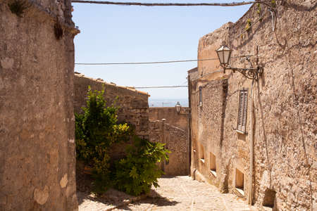 erice: View of Erice alley. Erice the city of 100 churches, Trapani Stock Photo