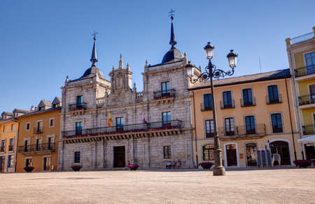 View of the building of city hall in Plaza Mayor, Ponferrada Editorial