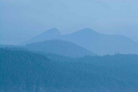 bonne: Mountains in Bonne Bay, Gros Morne.