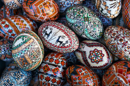 Colored eggs with traditional patterns from Kosmach, Ukraine 新闻类图片