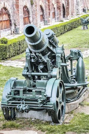 artillery shell: Austro H�ngaro WWI Siege Ob�s Skoda 305 mm, modelo 1911 Foto de archivo
