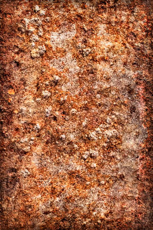 decomposed: Viejo, obsoleto r�o, muy corro�dos balsa choza flotador superficie met�lica, cubierta de capas agrietadas descompuestos de pintura y �xido, vi�eta grunge textura. Foto de archivo