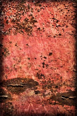 decomposed: Viejo, desechado, muy corro�dos superficie flotante choza de metal balsa r�o, cubierto con capas agrietadas descompuestos de pintura y �xido, vi�eta textura.
