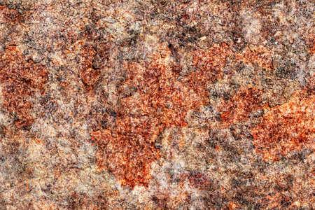 Alt, verschrottet, stark korrodierten Schwimmers Metalloberfläche mit gestoßenem zerlegt Schichten Korrosionsschutzlack bedeckt, Bitumen und Rostflocken.