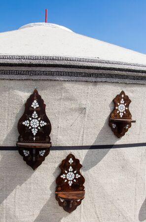 marqueteria: Ejemplo de arte otomano de incrustaciones de nácar en objetos Foto de archivo