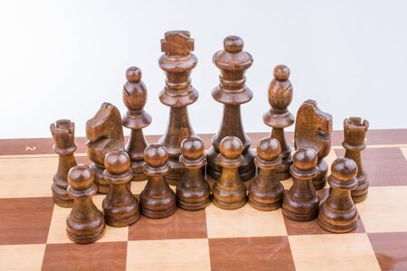 pensamiento estrategico: Chess board with chess pieces  on it
