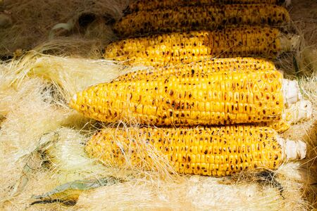 Grilled Corns on the cob kernels peeled