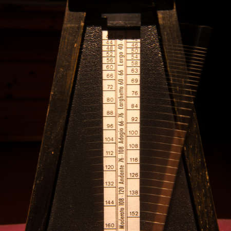 metronome: legno timer musica metronomo Archivio Fotografico