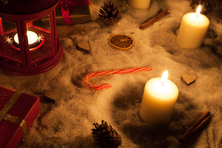 evening newspaper: christmas lamp and decoration