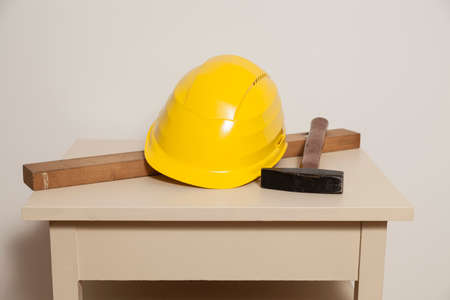 artisanry: Helmet, mechanics level and hammer