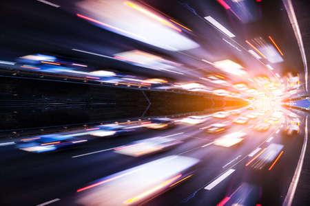 Autobahn und Lichteffekt
