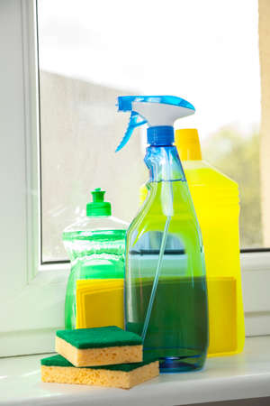 window bench: Cleaning agent
