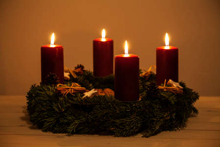 advent wreath: Advent wreath with four candles