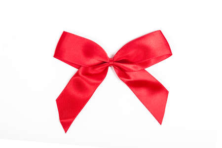 bucle: lazo rojo sobre blanco