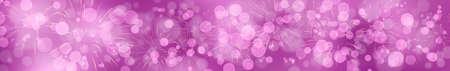 Pinkvioletter Silvesterhintergrund mit Feuerwerk im breiten Format Standard-Bild