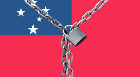 Metal chain and lock on Samoa flag. Zdjęcie Seryjne