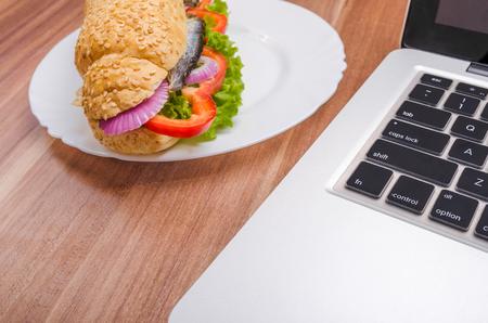 buisiness: Buisiness break for sandwich snack