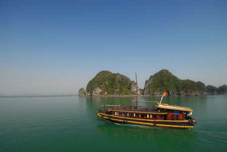 excursion: Excursion boat in Halong Bay, Vietnam.