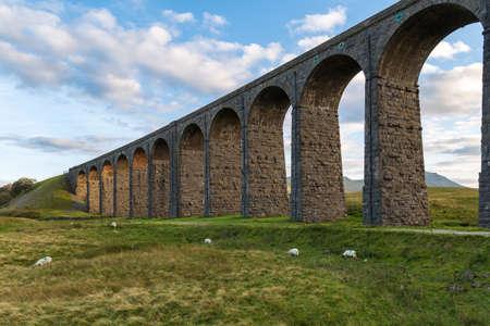 Ribblehead Viaduct, near Ingleton, Yorkshire Dales, North Yorkshire, UK Reklamní fotografie