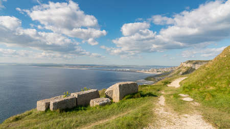 South West Coast Path at Hallelujah Bay, Isle of Portland, Jurassic Coast, Dorset, UK Imagens