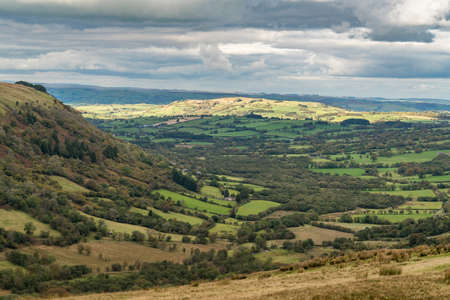 Landscape in the Brecon Beacons National Park seen from Sarn Helen near Ystradfellte in Powys, Wales, UK Imagens