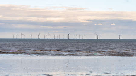 The Lynn and Inner Dowsing Wind Farms, seen from Skegness, Lincolnshire, England, UK Archivio Fotografico