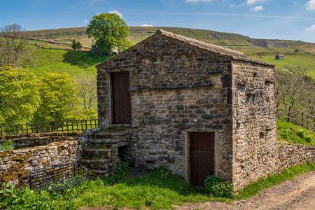 A field barn in the Swaledale near Keld, North Yorkshire, England, UK