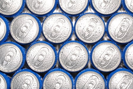 Cold and drink easy to carry the canned drinks photo