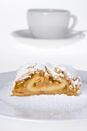 sucre glace: d�tail d'un strudel aux pommes de sucre glace Banque d'images
