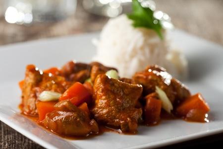 chicken curry and rice Standard-Bild