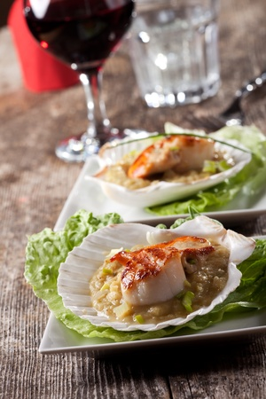 pair of grilled scallops Stock Photo - 12615618