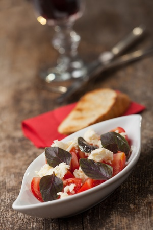 insalada caprese with purple basil  Stock Photo - 14379330