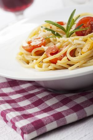 spaghetti with tomato, cheese and basil  Stock Photo - 17498779