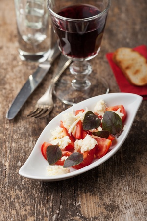 insalada caprese with purple basil  Stock Photo - 18937546