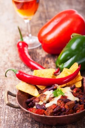 chili con carne in a bowl Stock Photo - 18937543
