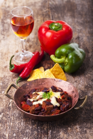 chili con carne in a bowl  Stock Photo - 19154370