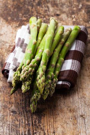 raw green asparagus Stock Photo - 19385165