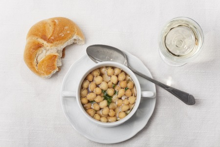 broth: fresh broth with soup pearls