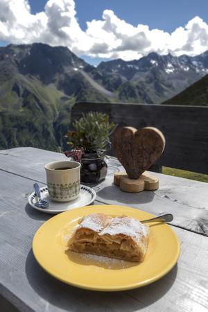 austrian: apfelstrudel in the austrian alps