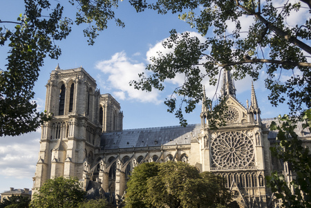 notre dame church in paris france