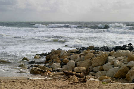 Coastal Waves - The French silver coastal beauty, the � Cote d�Argent � seascape.