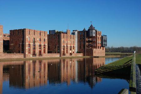 De moderne kastelen van Haverleij (Nederland) 12