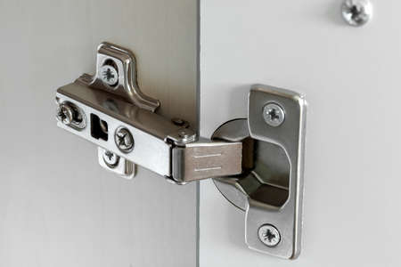 Standard door hinge for overlay application for all kinds of furniture.