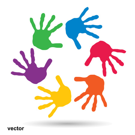 Concept ou conceptuel cercle spirale de gravures colorées à la main par les enfants isolé sur blanc