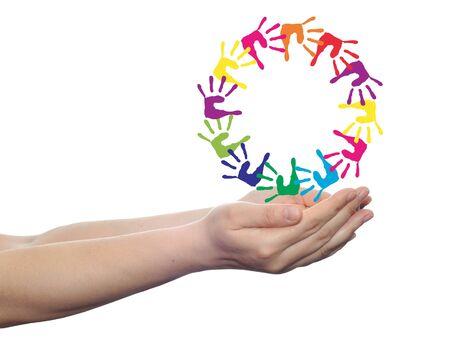 concept of conceptueel kinderen geschilderde hand afdrukken op een witte achtergrond