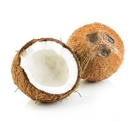 noix de coco: Noix de coco isolé sur fond blanc