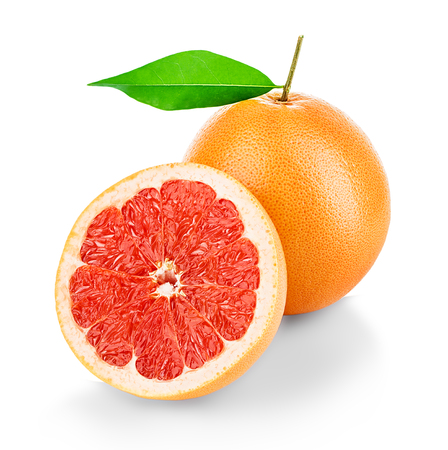toronja: Grapefruits isolated on white background
