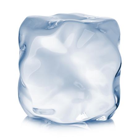 氷のキューブのクローズ アップは、白い背景で隔離。