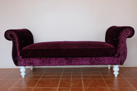 purple velvet sofa Stock Photo - 54148477